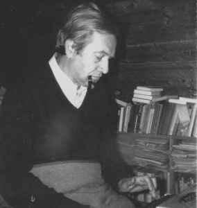 Harry Pross am Schreibtisch in Weissen, Winter 1978/79 (Foto: privat)