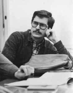 Wulf Skaun im Gespräch mit einem Studenten. Januar 1982 (Quelle: Privatarchiv Wulf Skaun).